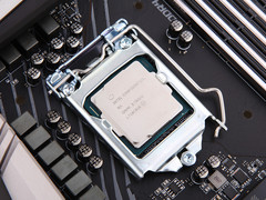 玩游戏如何选CPU 核心越多越好吗?