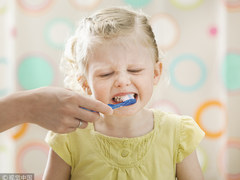 """孩子哭闹不爱刷牙?会唱歌的""""牙管家""""快来pick下"""