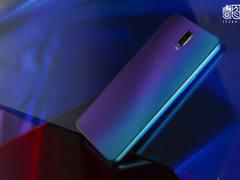 刷新手机颜色的认知 OPPO R17雾光渐变版卖3599元