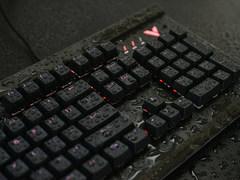 怕手滑打湿键盘?雷柏V750防水游戏机械键盘了解一下?