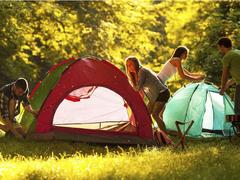 露营与音乐是绝配,无线音箱是你的秋游好拍档
