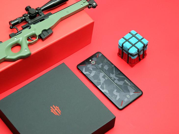 不红魔不毙 努比亚红魔经典游戏手机战地迷彩版今日开售