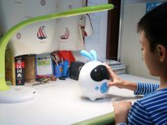 深度体验 让酷米儿童智慧机器人陪伴孩子一同成长