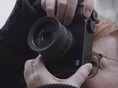 蔡司公布ZX1新机首个上手视频