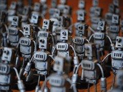 机器人互联网  超过40%网络流量是虚假的僵尸