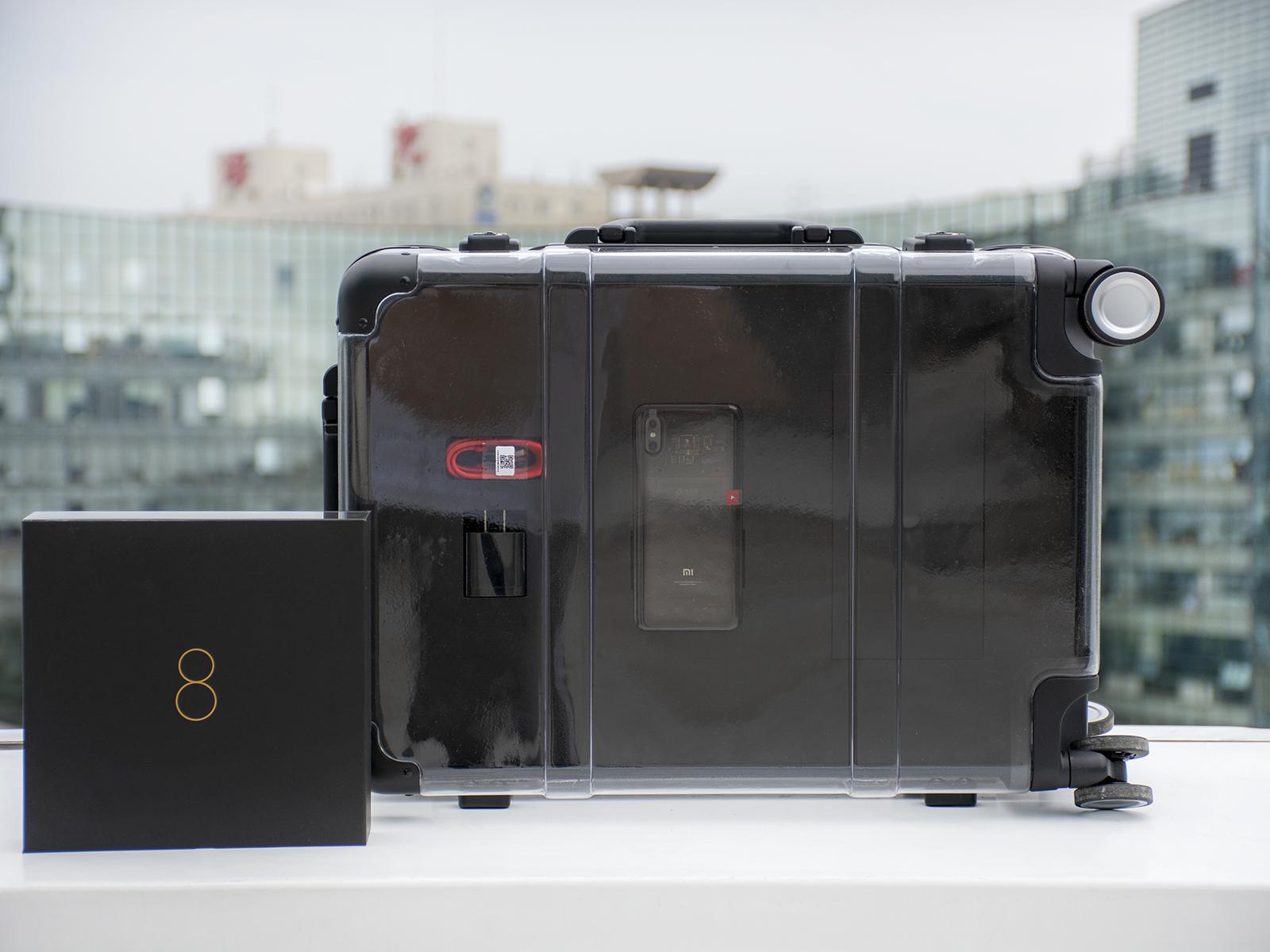 全世界独一份的礼物! 泡泡网定制小米8透明探索版开箱