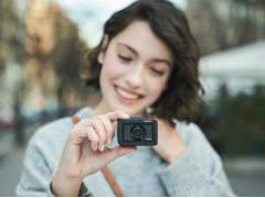 索尼新一代黑卡相机发布:独立mic接口+4K视频内录