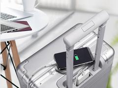 商旅场景体验再升级,thinkplus带来远行者登机箱搭配随身充CTA18组合