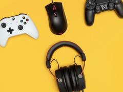 电竞耳机怎么买 跟着职业选手选HyperX双音腔