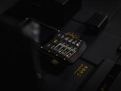 AGM M5发布,功能机也有4G和微信