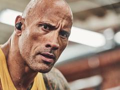 JBL联合Under Armour推出新款真无线运动耳机-巨石强森特别版