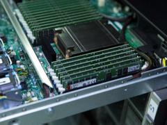 金士顿DDR4-3200服务器内存全面支持第二代AMD EPYC处理器