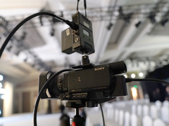 索尼AX700摄像机 企业直播专业利器