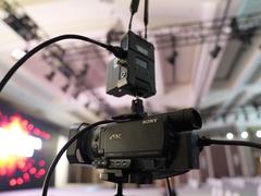 索尼4K摄像机AX700 专注企业视频直播