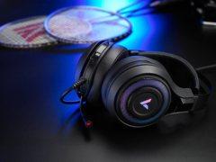 RGB灯光,雷柏VH520虚拟7.1声道游戏耳机图赏