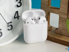 爆料:AirPods可能会随2020年的iPhone配套附赠