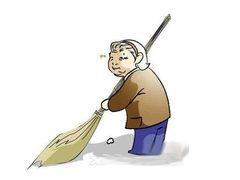 爸妈的福音!自动倒垃圾解放双手 打扫就交给联想扫地机器人吧