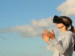 刷新率达120Hz JDI量产超视网膜VR专用屏