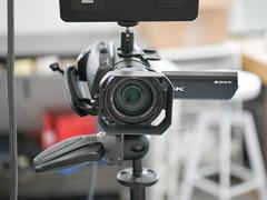 索尼FDR-AX700数码摄像机 高质量企业直播呈现