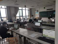 """老旧机房""""变身记"""":西安铁路职业技术学院的课程信息化改革之道"""