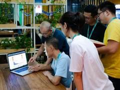 王府井网络数据部部长赵丽出席观远数据2020智能决策峰会