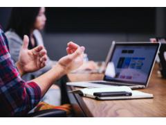 远程会议、传屏互动,会议平板带来智能高效会议