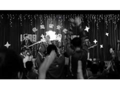 致敬《我们的时代》 华为P30黑白电影新作《FUZZ》引发热议